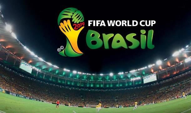 Maradona-Mundial_86_con_la_copa - Flashbak